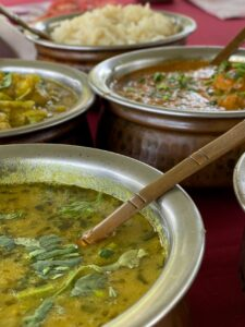 Curries in pots
