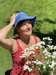 Sharon in hat